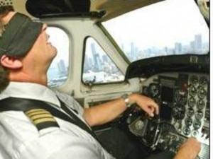 I piloti si addormentano: aereo salvato dal sistema automatico