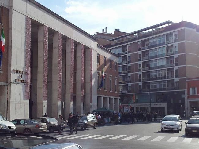 Presidio in piazza del popolo a Latina