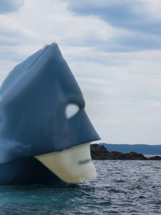 batman-iceberg-2