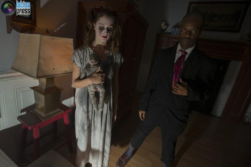 Attori raffiguranti le leggende di fantasmi all'interno del Nightmare una casa stregata per gli adulti, a New York MIKE Segar / REUTERS